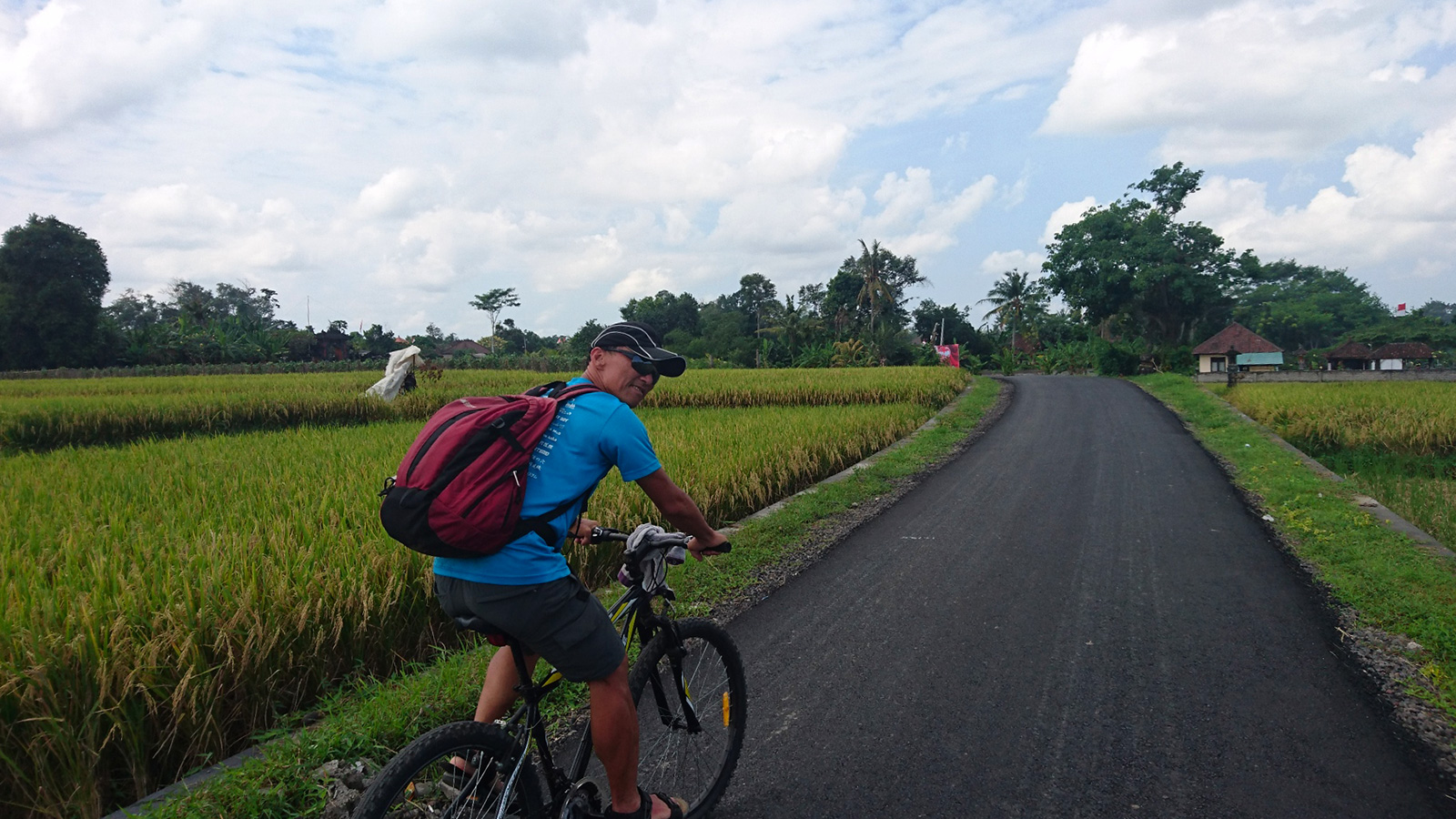 自転車でバリ島一周できるかな?ケンイチローさんと尾島の無謀旅