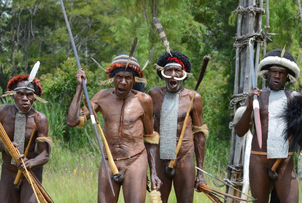 explore-papua-tribes3