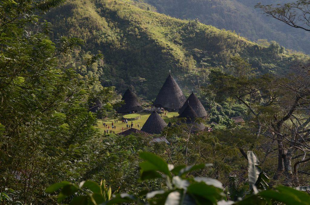 indonesian-machupicchu-waerebo